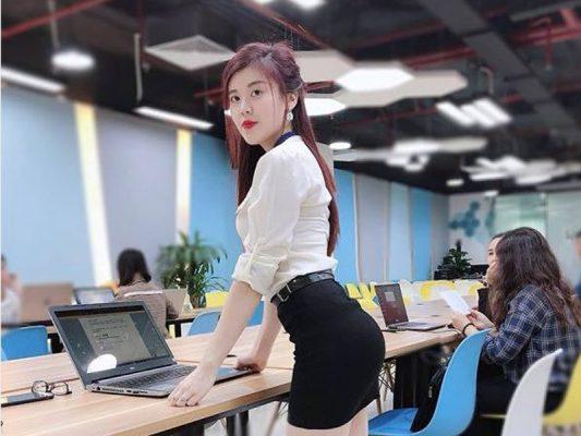 tuyển dụng nhân viên tháng 12